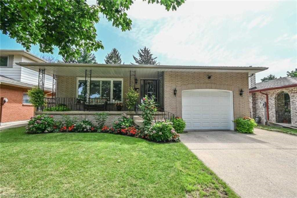 29 Meadowbrook Cres, St. Catharines