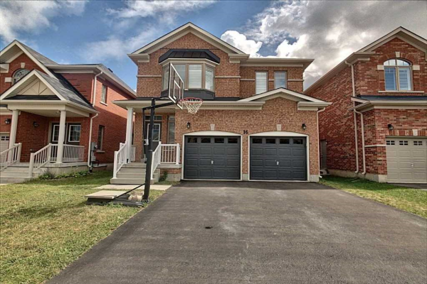 16 Fred Fisher Cres, St. Catharines