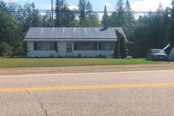 17851 Hwy 60 Highway, Madawaska Valley
