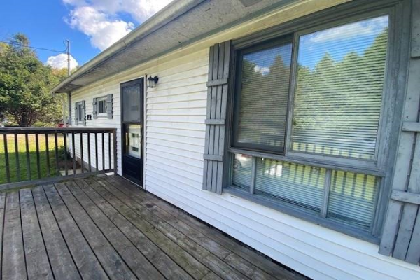 1134 Spruce Tr, Central Frontenac
