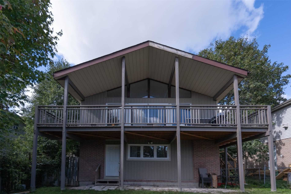 $699,999 • 58 Crozier St, East Luther Grand Valley