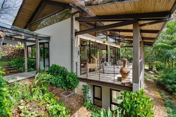 30 La Ecovilla End, Costa Rica