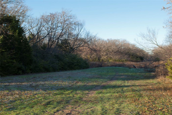 3701 Hickory Tree Road, Balch Springs