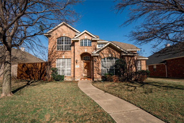 1610 Castle Pines Drive, Frisco