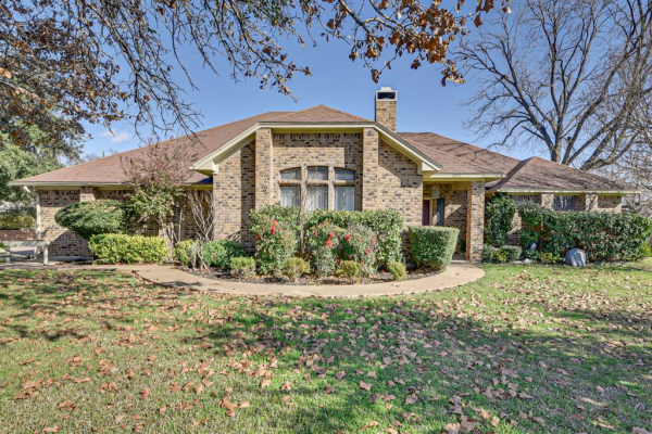 6611 Curtis Road, Colleyville