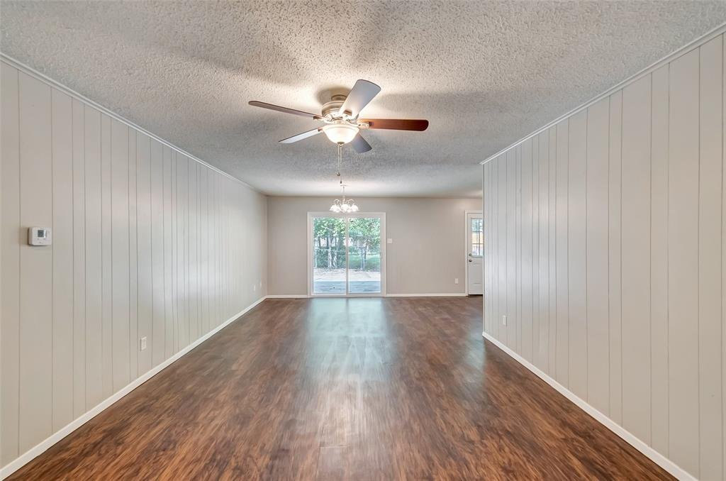 Listing 14284074 - Thumbmnail Photo # 7