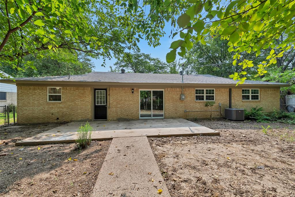 Listing 14284074 - Thumbmnail Photo # 25