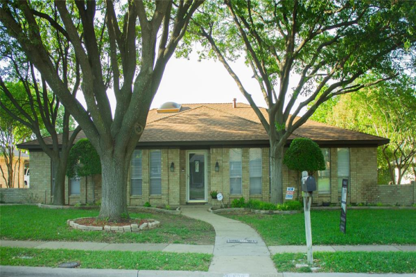 2809 Meadowbrook Drive, Plano