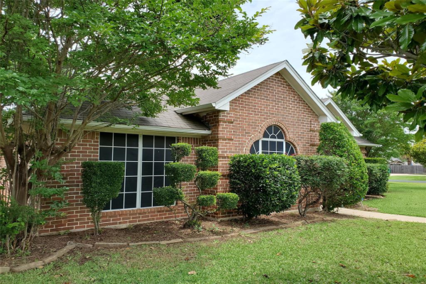 2800 Coventry Road, Crowley