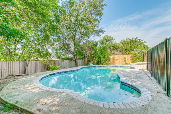 8113 Heritage Place Drive, Fort Worth
