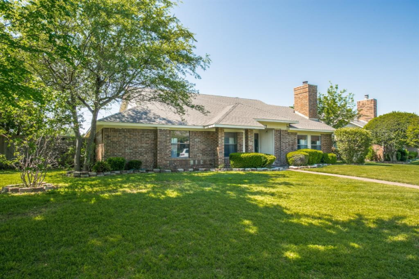 2707 Daybreak Drive, Dallas