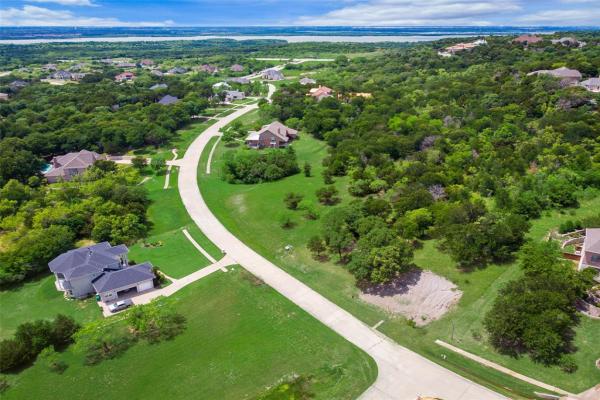 2203 Mountain Lakes Drive, Cedar Hill