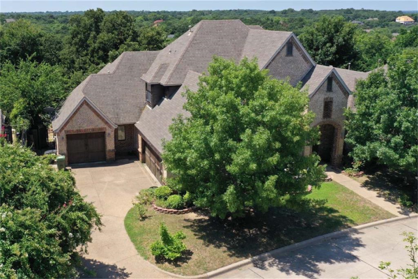 2006 Hill Country Court, Arlington
