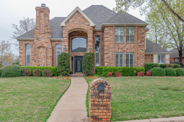502 Brookhollow Drive, Colleyville