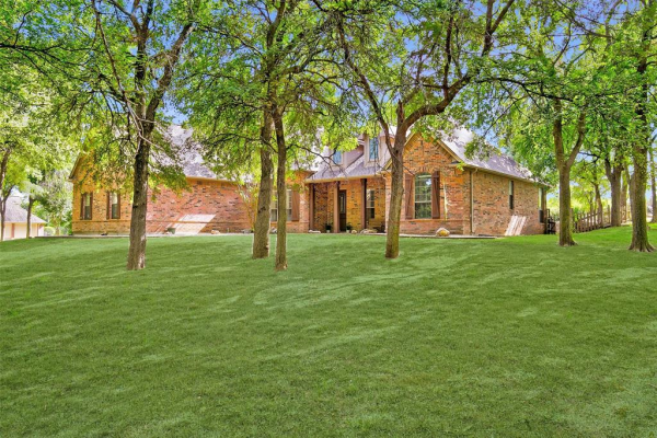 131 Chappel Hill Court, Weatherford