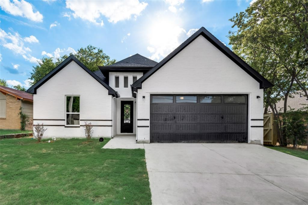 656 Meadow Park Drive, White Settlement