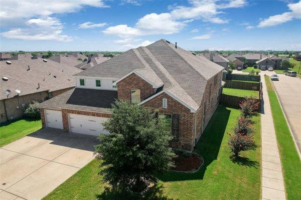513 Olive Trail, Forney