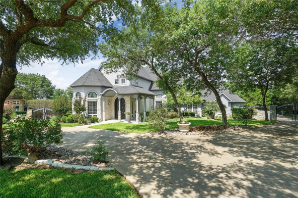 1208 Starlight Court, Cedar Hill