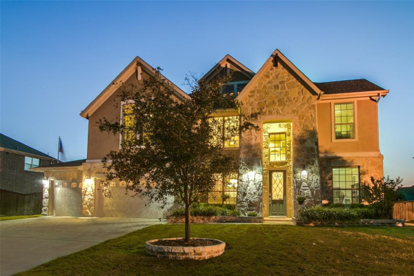 3711 Rock House Road, Sachse