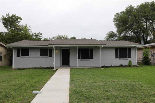 2423 Whit Drive, Mesquite