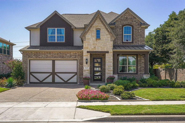 9929 Chrysalis Drive, Fort Worth