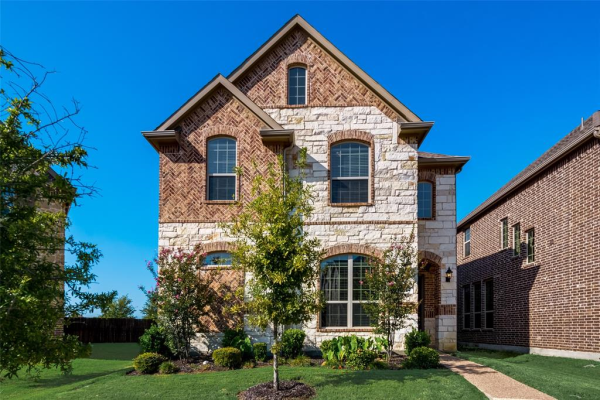 1003 Vineyard Drive, Euless