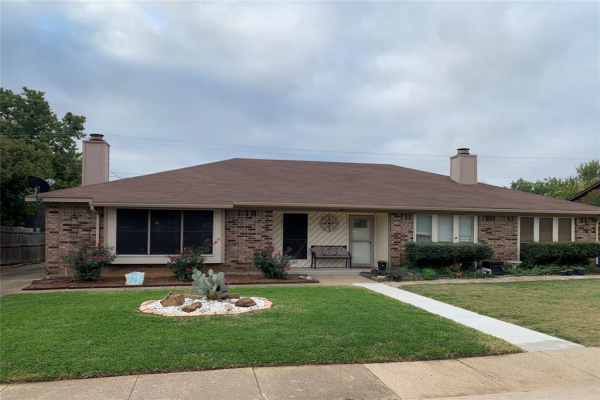 201 Hickory Springs Drive, Euless