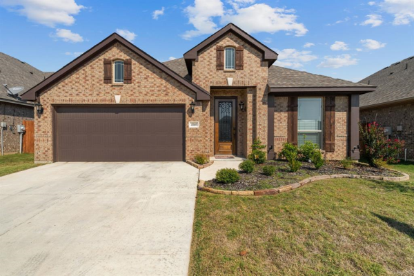 4160 Mountain Meadow Road, Fort Worth