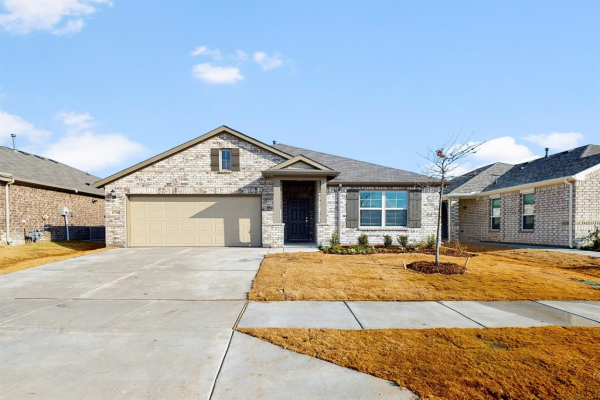 8708 Heliotrope Lane, Fort Worth