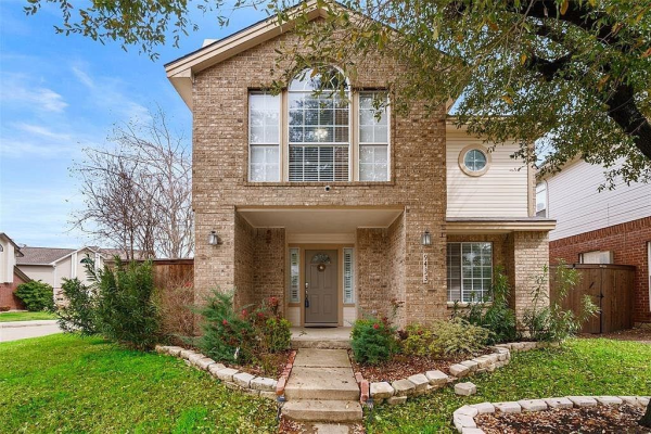 9433 Blue Jay Way, Irving