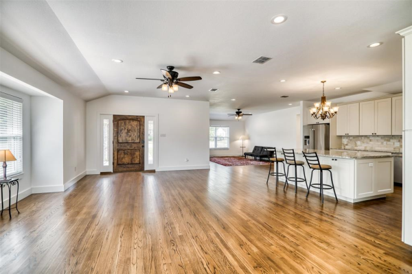 3809 Trail Lake Drive, Fort Worth