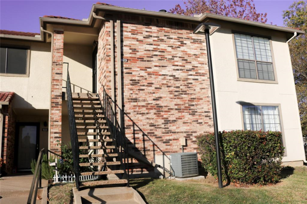 923 Turtle Cove, Irving
