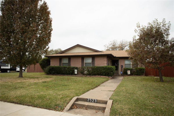 2523 Rosewood Drive, Mesquite