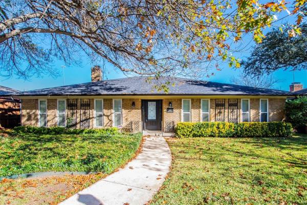 9527 Arborhill Drive, Dallas