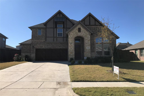 3211 Willow Brook Drive, Mansfield