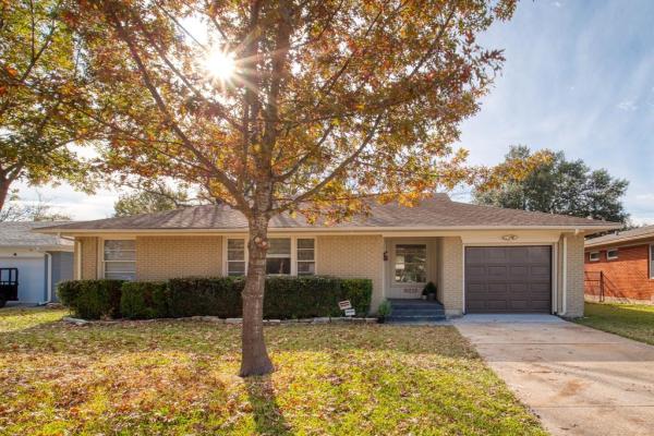 10228 Lynford Drive, Dallas