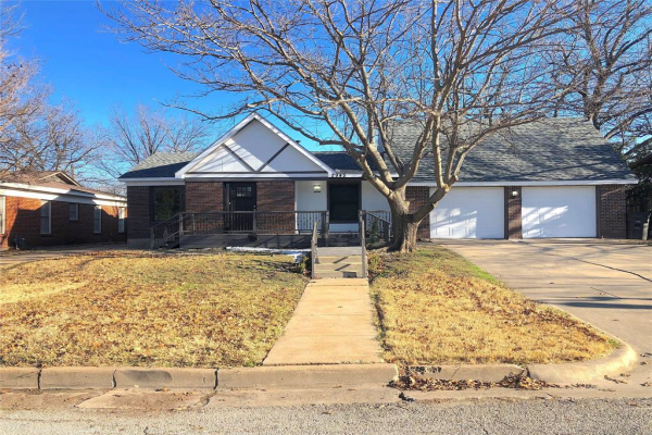 2945 Ryan Place Drive, Fort Worth
