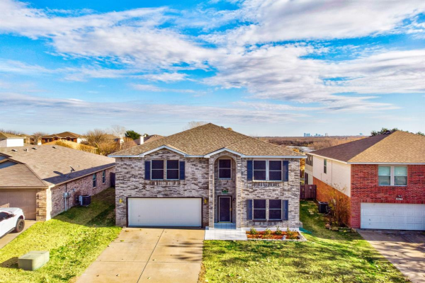 5213 Royal Birkdale Drive, Fort Worth