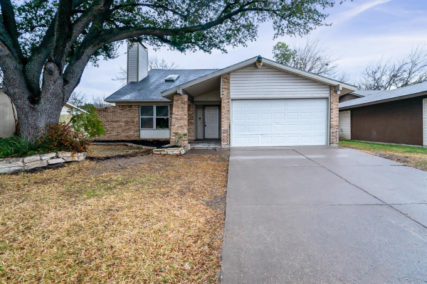 325 Springdale Lane, Grand Prairie