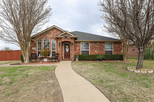 701 Flagstone Way, Wylie