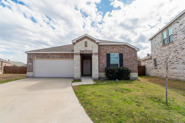 301 Mariscal Place, Fort Worth