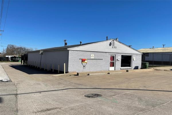250 Lavon Drive, Garland