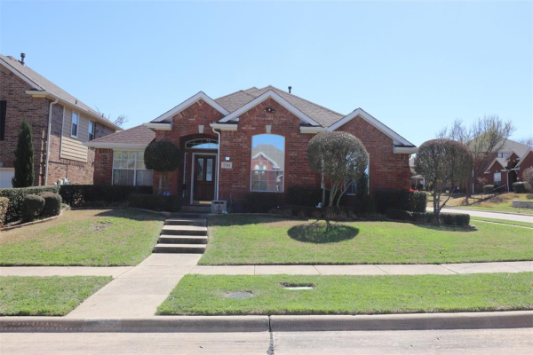 2514 Ivanridge Circle, Garland