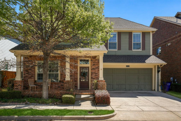 2210 Grizzly Run Lane, Euless
