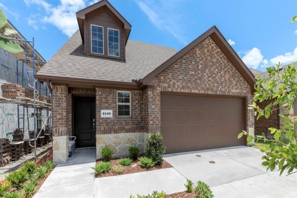2126 Hobby Drive, Forney