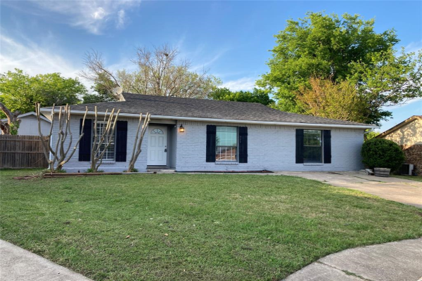 731 Coolwood Court, Mesquite