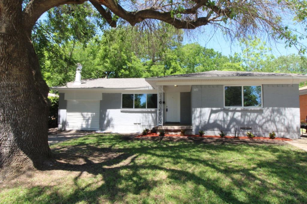 1401 Crestridge Drive, Mesquite