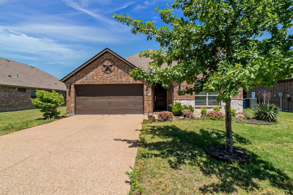613 Spruce Trail, Forney