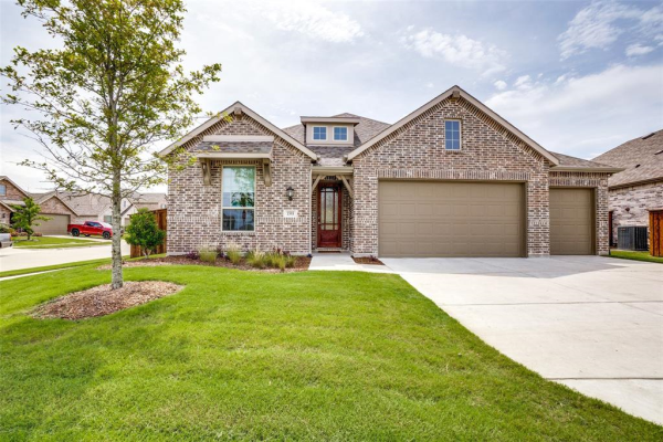 1593 Sugarberry Drive, Forney