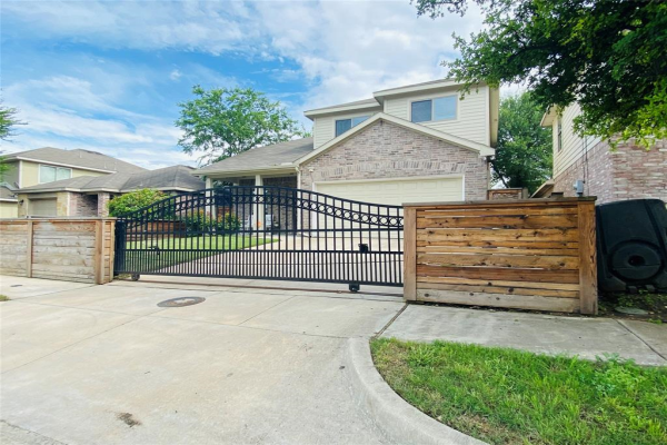 138 Cliff Heights Circle, Dallas